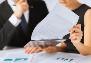 Egal, ob online oder offline: Vertragsbedingungen genau prüfen!